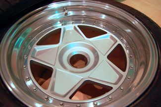 Ferrari F40 repaired and refinished wheel