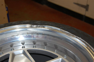 Ferrari F40 severe dents and rim surface damage