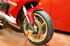 Yamaha R6 Motorcycle alloy wheels custom sprayed in Mars gold